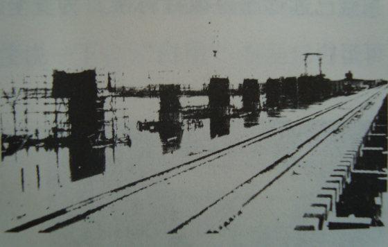 日本略者修建哈尔滨滨北铁路桥-老江桥